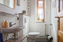 Gäste-WC unten im Ferienhaus Henny