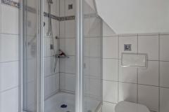 Dusche im Tageslichtbad oben